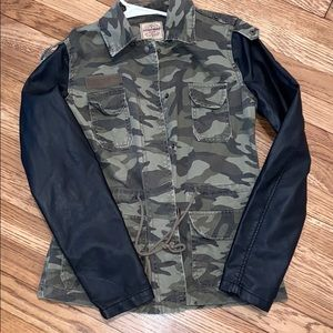 Women's small camo/leather jacket